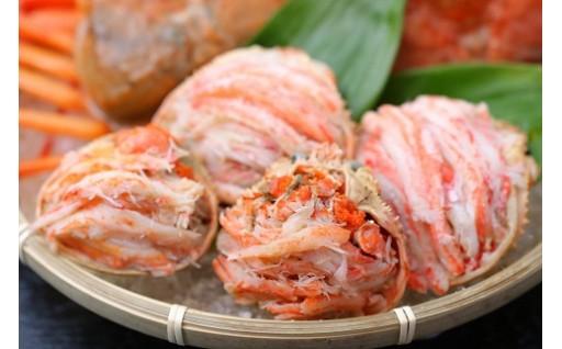 新発田ブランド絶品カニまるっと甲羅詰め3種類のカニ食べ比べ!