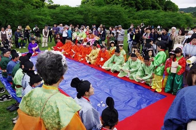 イベント2日目:再現「梅花の宴」の実施