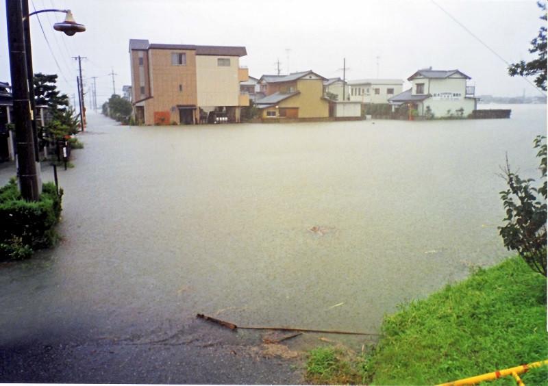 ■岐阜県池田町で発生した過去の自然災害: 平成14年7月の杭瀬川氾濫