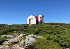 中央アルプス縦走路のハイライト・檜尾岳にぽつんと一軒家。 登山者、自然を見守るぬくもりたっぷりの山小屋にしたい!