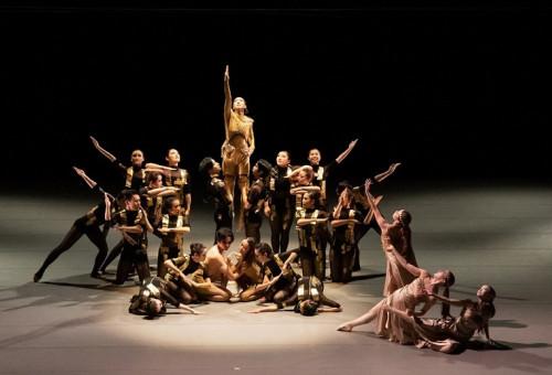 「ダンスの甲子園」AJDF-Kobe 全日本高校・大学ダンスフェスティバル(神戸) 大会の存続を目指して!