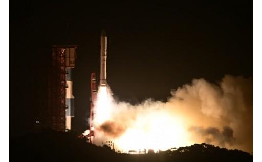 イプシロンロケット3号機打ち上げ成功