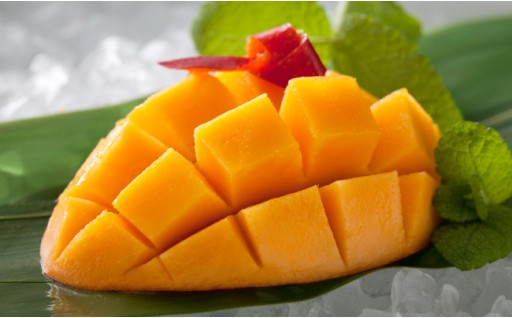 九州産「 アップルマンゴー」 1玉×2ケース
