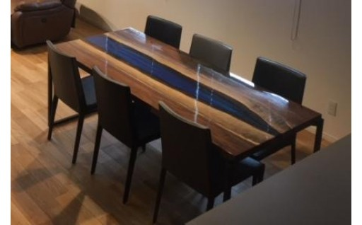 世界に一つだけのダイニングテーブル(青)
