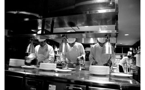 佐伯の食材を東京・渋谷 隠れ家レストランで