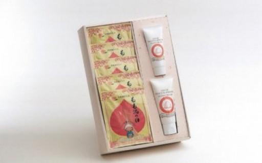 桃を使った入浴剤・大人気「さばの味噌煮」が登場