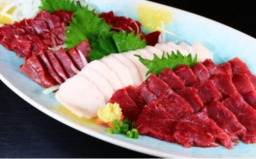 ★☆★馬刺盛り合わせ300g<八代屋肉桜>★☆★