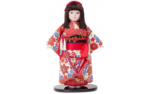日本的な美しさをもった市松人形