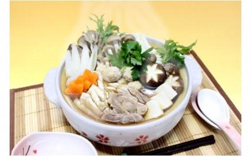シャモのうまみたっぷりの地鶏肉団子鍋
