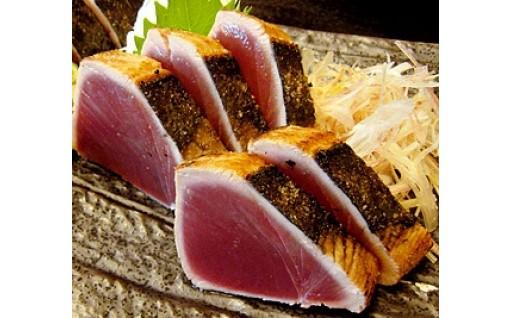 高知といえば鰹のわら焼きタタキ、香りが最高です!
