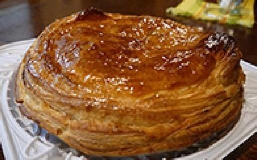 地元で人気のお店「林檎と葡萄の樹」 アップルパイ