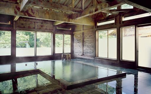 湯源郷の宿「日景温泉」1泊2日食付きペア宿泊券