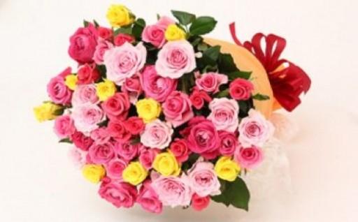摘みたてのバラの花束は贈答用に日時指定が可能!