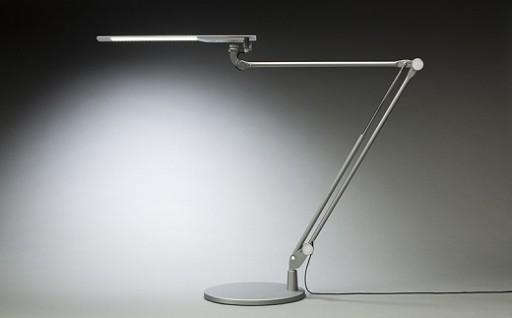 フレキシブルな稼動アームで、LEDの優しい光を!