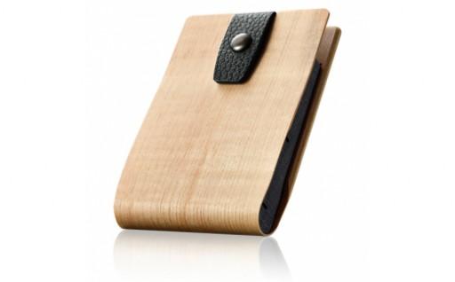 スマートでコンパクトな曲げ木名刺入れが登場