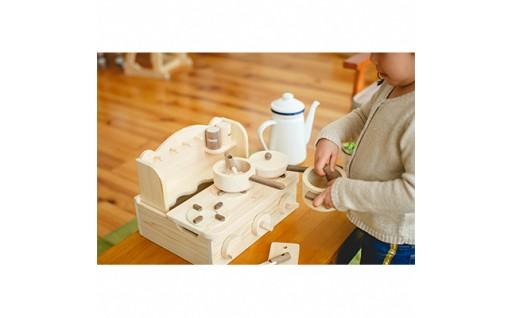 美作市産の檜で作ったおもちゃ