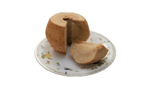 二十世紀梨をまるまる1個使ったバームクーヘン!