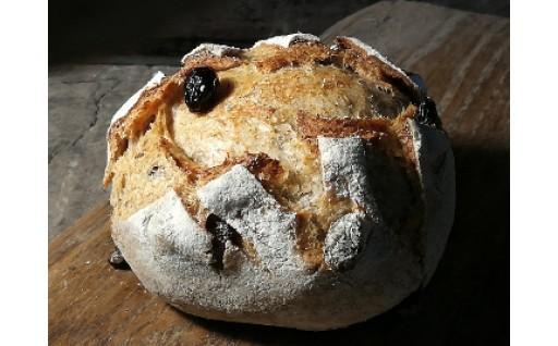 フランスのパン職人が故郷のパンの味を再現