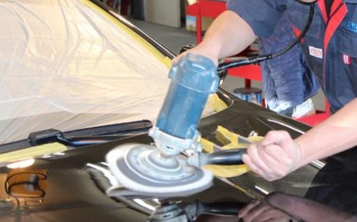 業界屈指の施工技術で愛車の輝きを取り戻す!