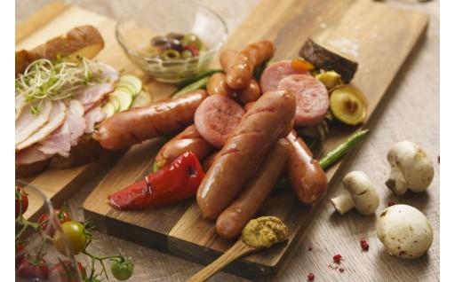 も地元で大人気の豚肉を使用したハムセット!