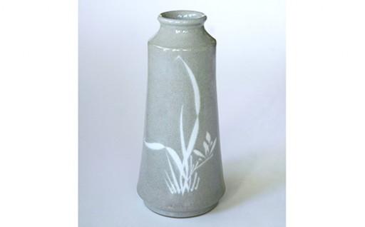 高田焼 上野窯 青磁象嵌 蘭文花入 花瓶