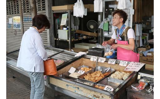 新鮮な魚介を使うからすり身も美味しい!