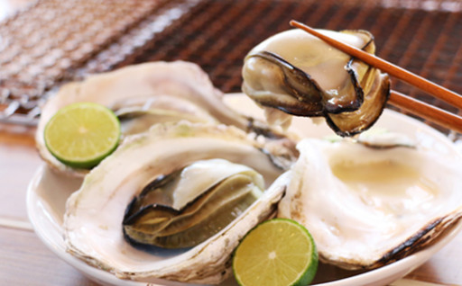 滑らかな食感とクリーミーな味が特徴《細島岩ガキ》