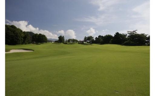 相模湾を望むロケーションでゴルフはいかがですか?