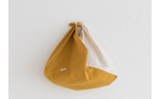 草木で染めた2TONEカラーの吾妻(あずま)袋