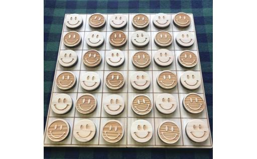 ニコちゃんリバーシ(木育・おもちゃ・贈り物に)