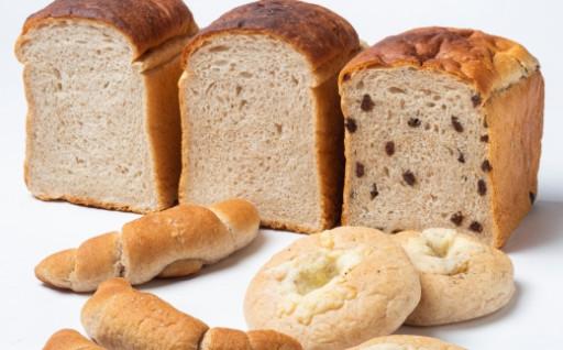 とかち産有機「焙煎ふすま」の低糖質パンセット