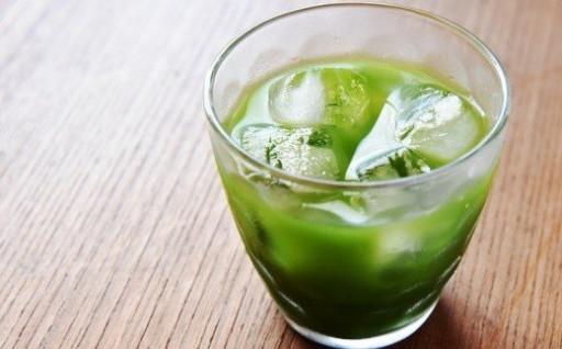 本格宇治抹茶の風味豊かなグリーンティをアイスで