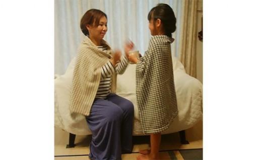 天然素材の優しいぬくもりウール着る毛布 千鳥格子