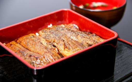 うなぎの蒲焼き特集掲載中!三河一色産鰻の炭火焼き