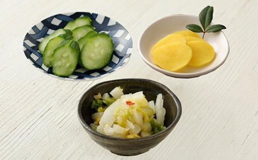 人吉球磨で採れた 季節の野菜のお漬物
