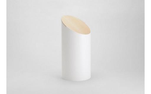 「シンプルであること」だけを追求したゴミ箱