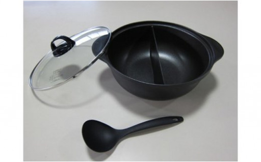 【✨2つの味を一度に楽しめる✨】火鍋風仕切り鍋