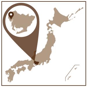 愛知県の西部に位置するあま市は、広大な濃尾平野と木曽川の恵みにより古くから農業が盛んなまち。戦国時代には7人もの大名を輩出するなどの歴史も持ちます。  伝統・文化を生かし発展し続けるあま市が世界に誇る伝統工芸品「尾張七宝(おわりしっぽう)」をご紹介します。