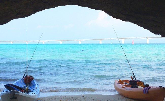 無人の浜へカヤックツアー&ランチ(6人まで)