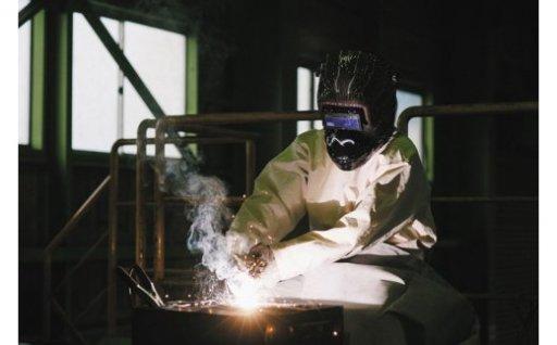 [A-3701] 鉄の溶接テーマパーク「IRON PLANET」溶接体験 ~アイアンオブジェづくり1名様分~