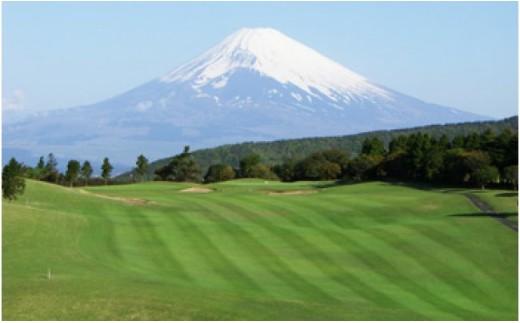 芦の湖カントリークラブ 土日祝日ゴルフ利用券【2名】