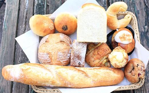天然酵母の石薪窯焼きパン(おまかせセット)