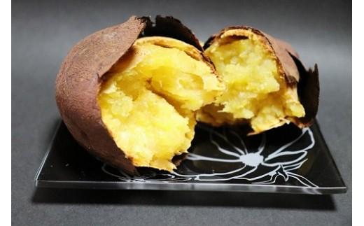 和喜雄さんといつみさんの「甘美な安納芋」3kg×2_iio-392
