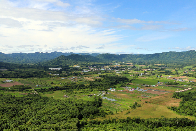 人口1100人が暮らす、自然豊かな農村
