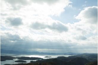 岡山県瀬戸内市から、風と太陽が生んだ自然派ブランドをお届けします