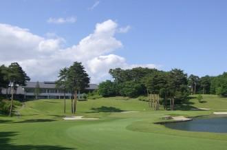 福島県矢吹町の温泉付きゴルフリゾート
