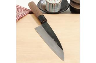 両刃なので兜割りやかぼちゃを切るのにも適しています。また左利きの方もそのままお使いいただけます。