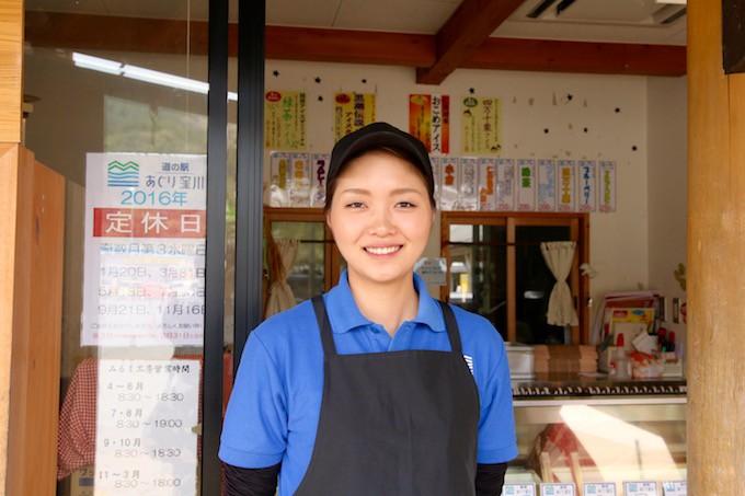 アイス担当の山崎さん。いつも笑顔で対応してくれます。