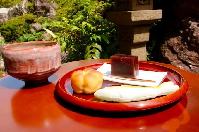伝統的な和菓子でおもてなしができるお接待セット!