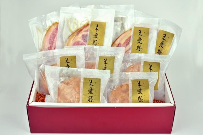 米愛豚のハンバーグと豚丼セット